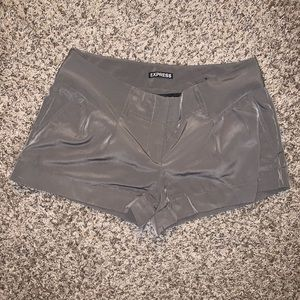 Express silky olive shorts (also selling in blue!)